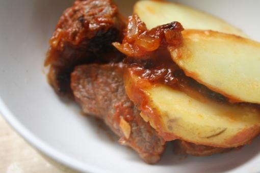 carne con salsa recipe
