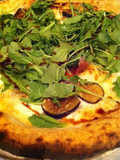 Barbuzzo- fico pizza