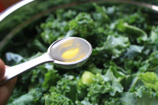add 5 teaspoons olive oil to kale